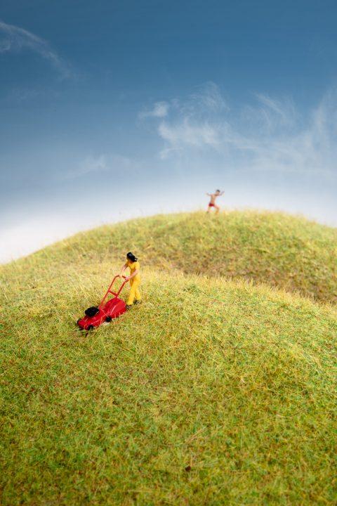 "Andreas Paulsson ""Klippa gräset 😀"""